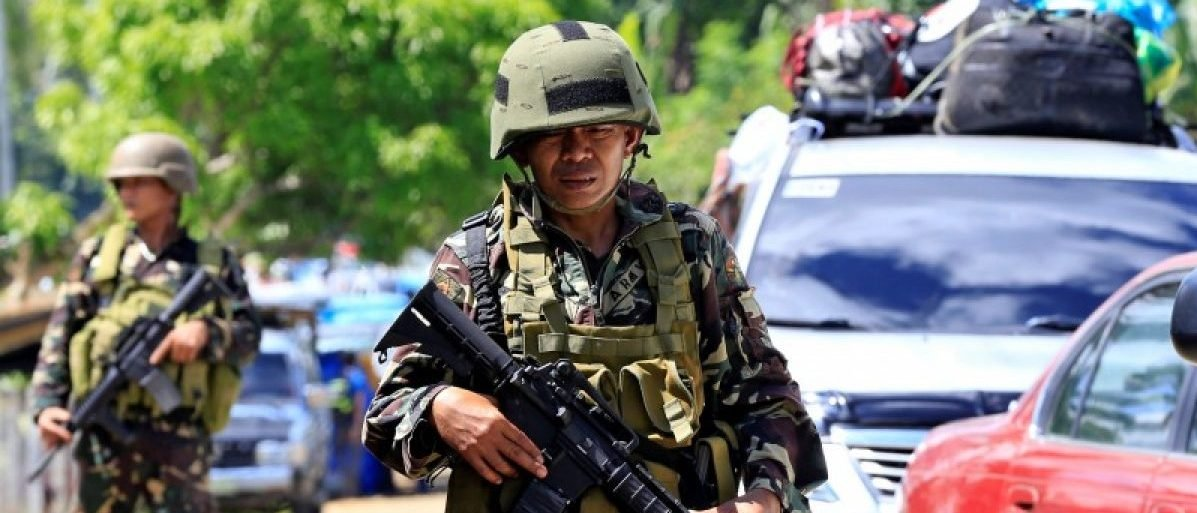 ISIS-Linked Rebels Behead Philippine Police Chief, Slaughter Civilians