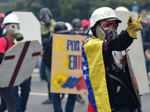 Venezuela: Maduro Dances on TV - Again - as Thousands Protest Replacing Constitution