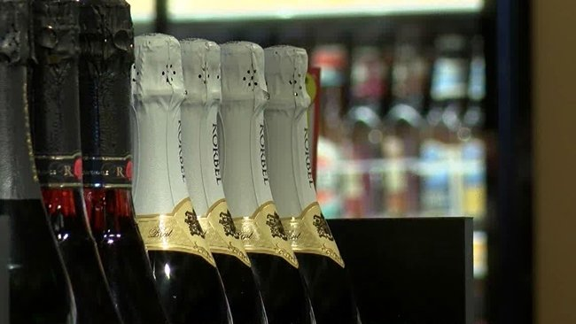 Pa. House OKs bill for beer distributors to sell wine, liquor