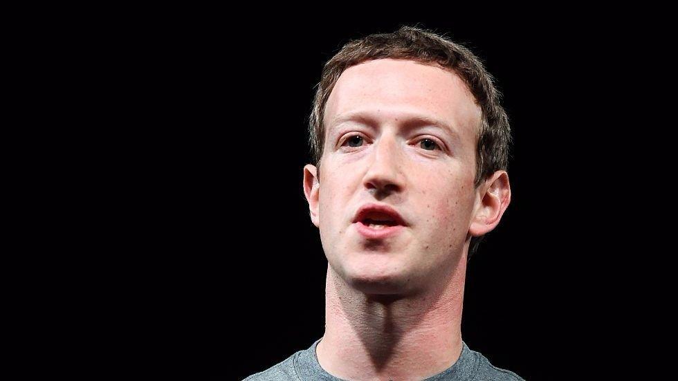 Zuckerberg meets Native American poverty