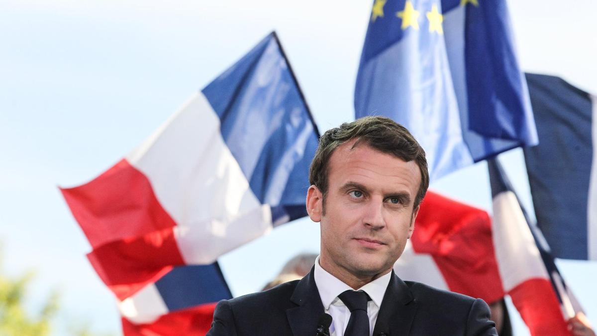 France's Macron Tells Trump That Paris Deal Will Not Be 'Renegotiated'