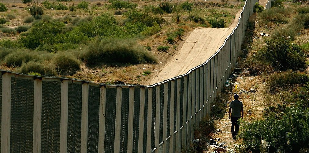 Mexico Floats Retaliatory Strike Against Border Wall: An Entry Fee for Vacationing Americans