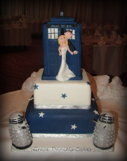 Dr Who Tardis Wedding Cake