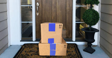 Finding ways to get free shipping is just one of my special online shopping hacks! Check out my best online shopping tips and how to get free stuff. #freeshipping #freestuff #shoppinghacks #shoppingtips #howto #onlineshopping #dealsandsteals