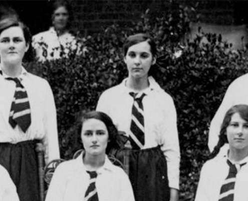 Truii data visualisation, analysis and management group portrait of the maryborough girls grammar school cricket team 1915