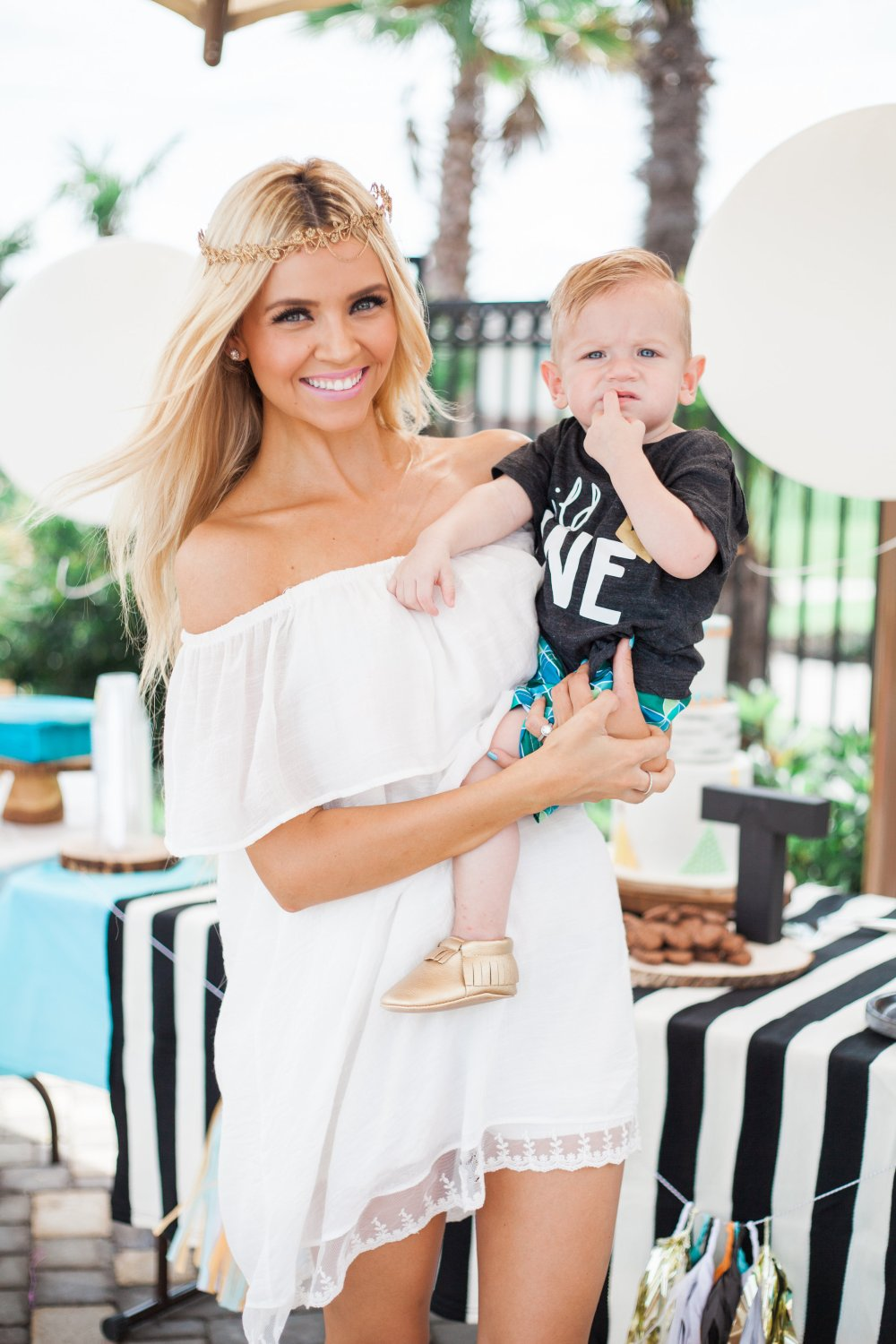 View More: http://thelaurenstyle.pass.us/trumanfirstbirthday