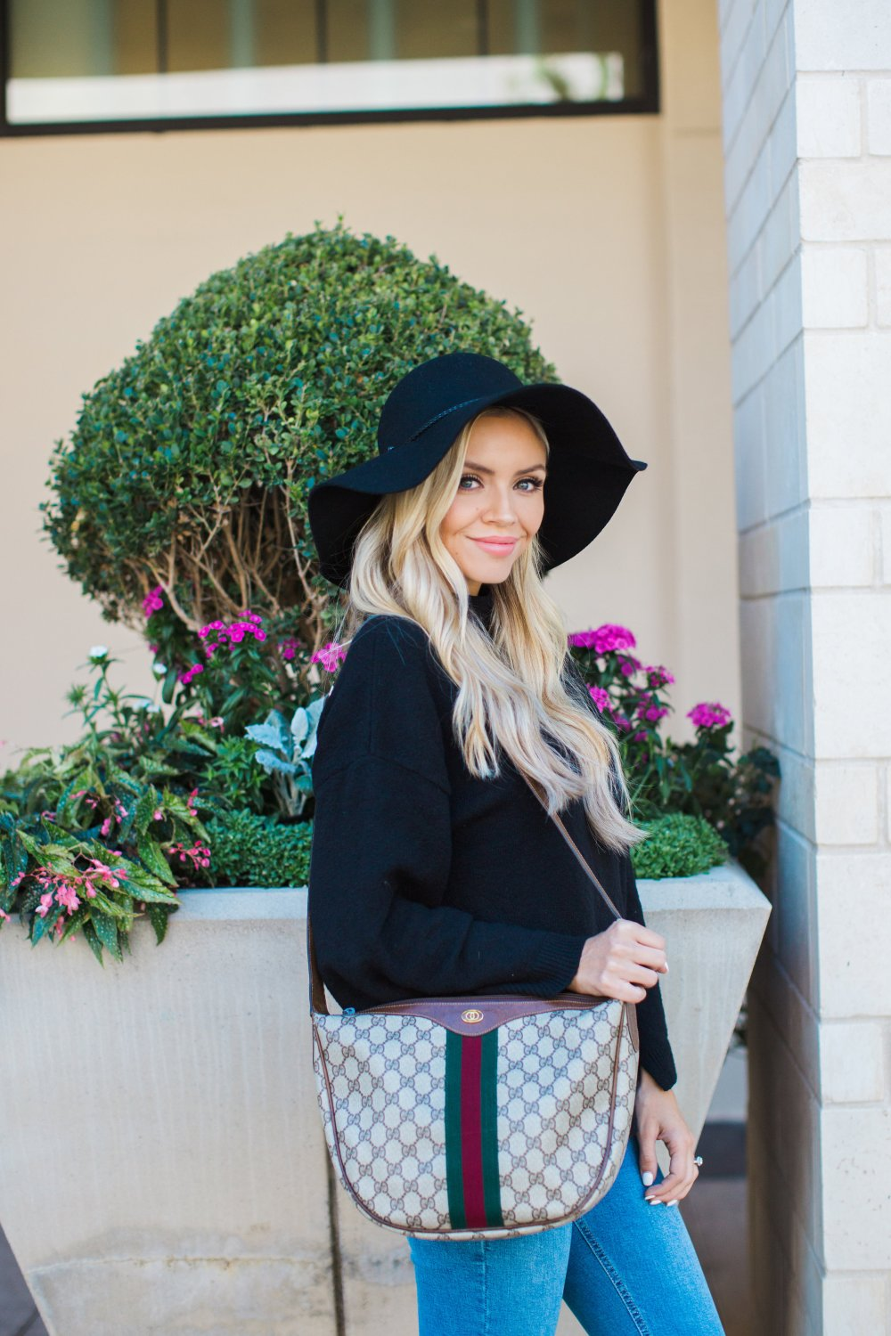 Are you in the market for a new designer bag? The Lady Bag is an amazing online site that sells 100% authentic, luxurious pre-owned designer bags! Perfect for yourself or as a gift with the holidays coming up! I am in love with my new vintage Gucci! Check them out!