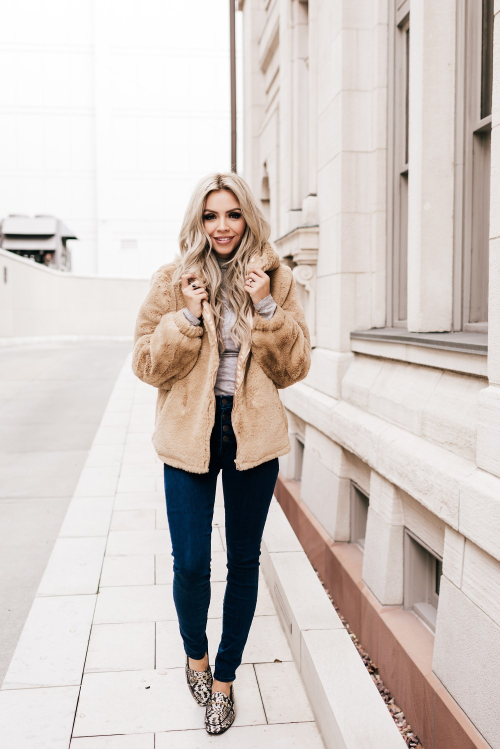 This Teddy Jacket is perfect for Valentine's Day and the remaining days of winter! It is incredibly soft and comfortable! The color is the perfect neutral and it can be worn with so much! I'm swooning over these snake skin shoes too! #trulydestiny #teddyjacket #womensfashion #ootd