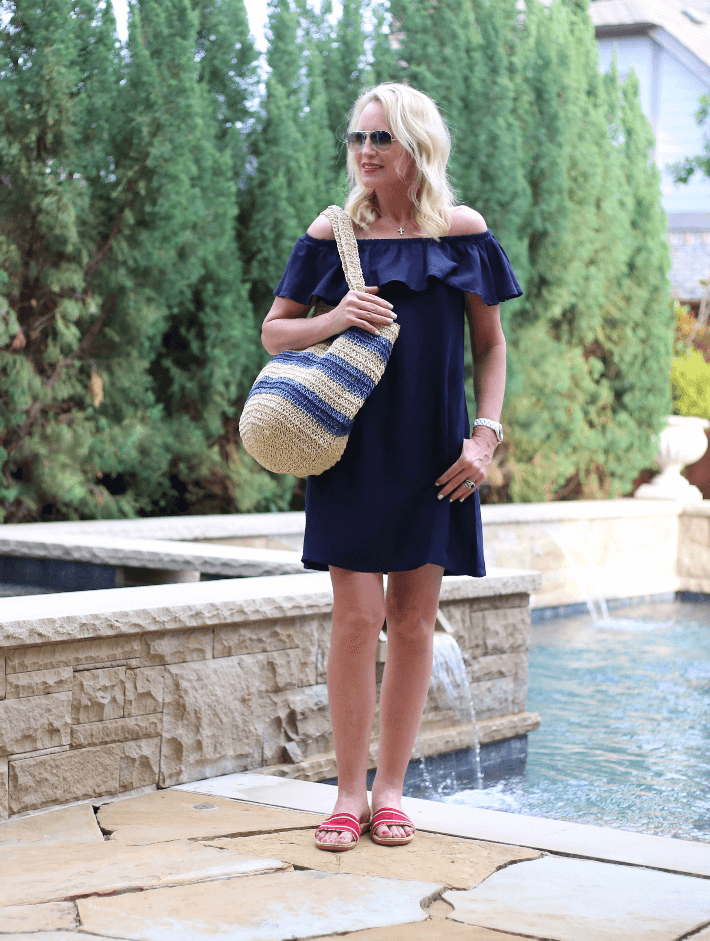 Dallas blogger Truly Megan wearing Tommy Bahama linen ruffle dress. #wedressamerica #walmartfashion