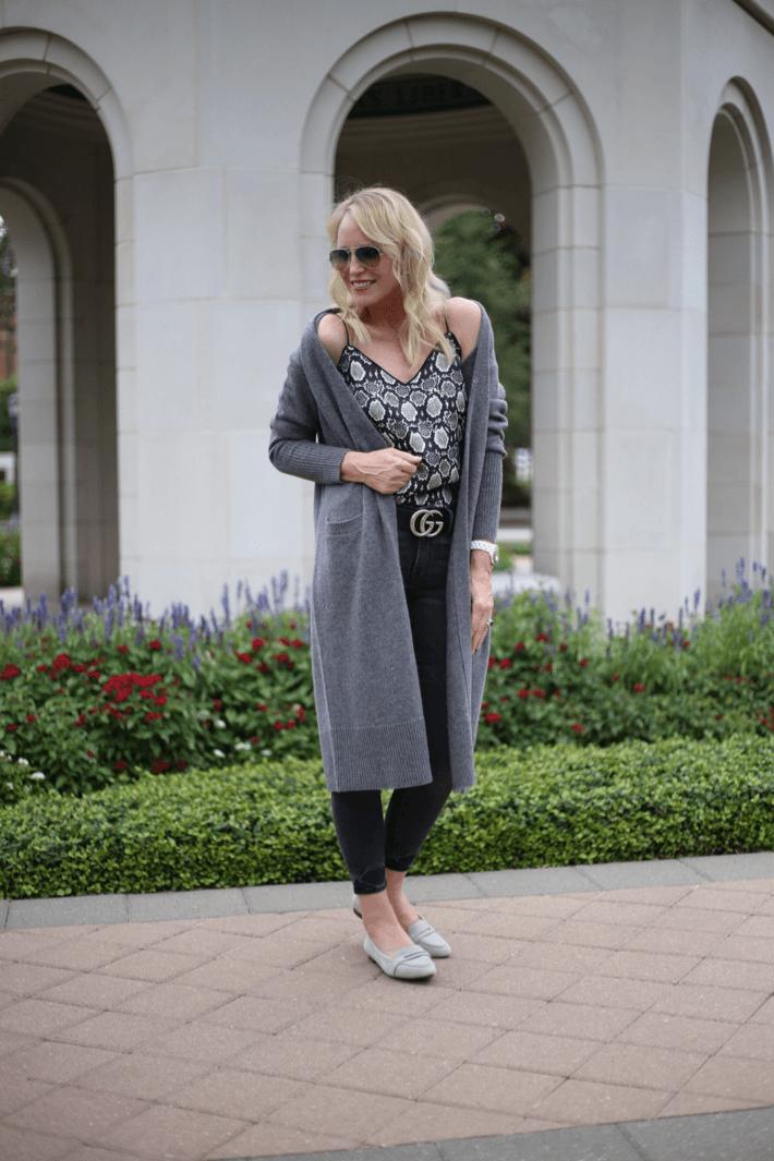 Dallas style blogger Truly Megan wearing Halogen Cashmere walking cardigan, snake print camisole, Gucci belt and Vionic Savannah flats.