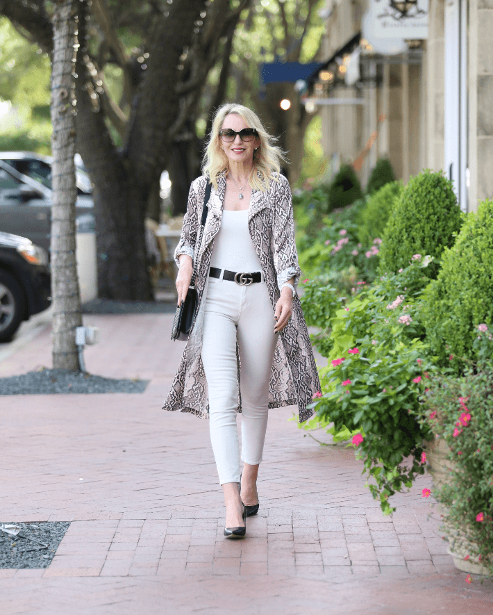 Dallas blogger Truly Megan wearing Leith snake print trench, Gucci belt and carrying Chanel Boy Bag.