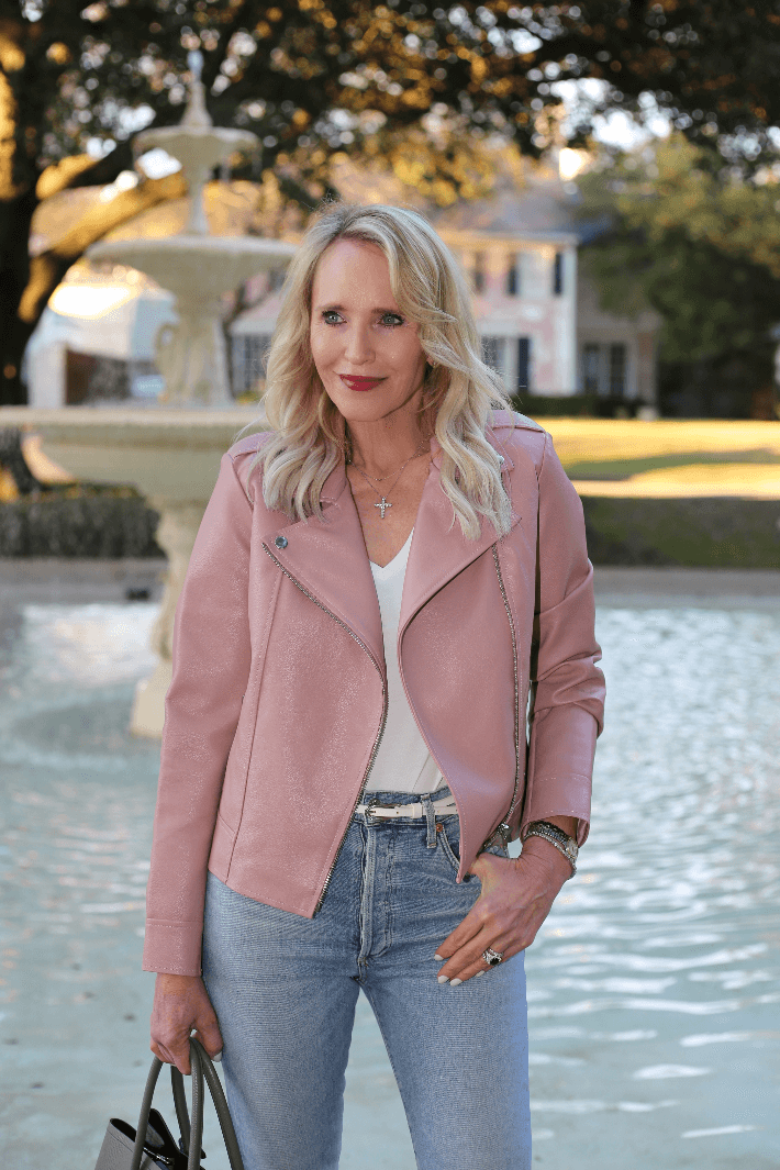 Dallas style blogger Truly Megan wearing BB Dakota faux leather moto jacket in mauve pink and Citizen of Humanity Olivia jeans.