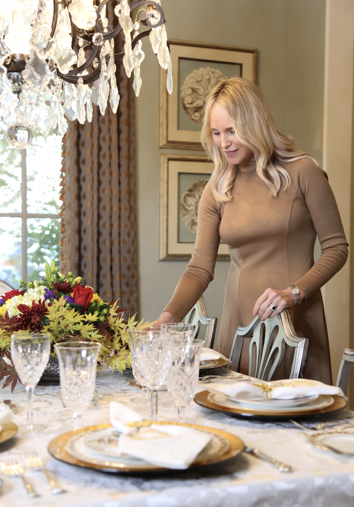 Truly Megan shares her 5 tips for creating a beautiful fall tablescape.
