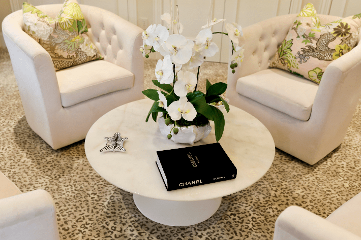 Dallas blogger shares office decor inspiration and tulip table from Eternity Modern.