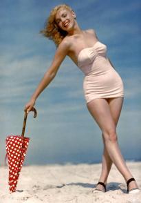 marilyn swim suit