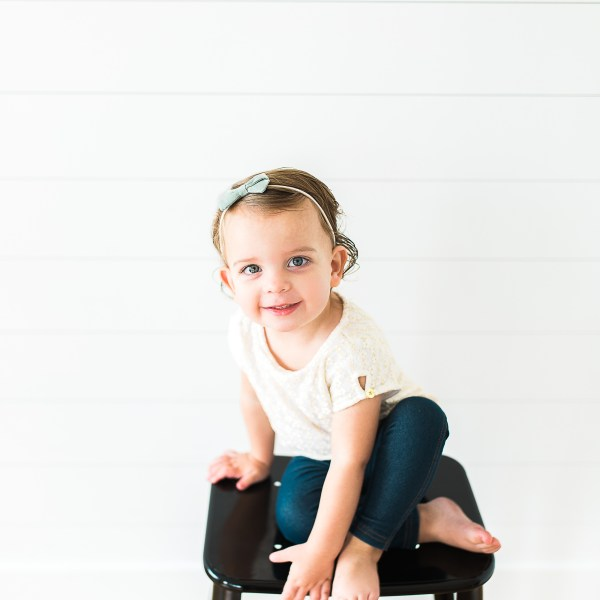Jae Bird Bows | 2 Year Old Pictures | Utah Commercial Photographer