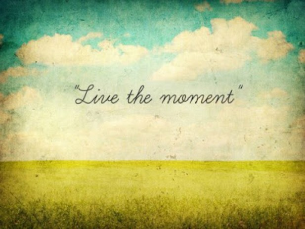 Live-the-moment-image-2