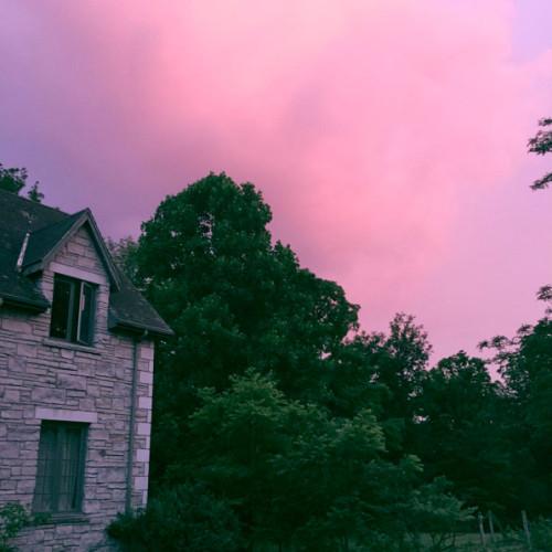 Trumeau Farm Pink Sky