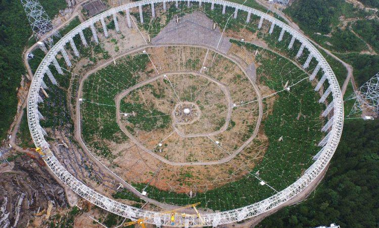 télescope fast telescope chinois en construction