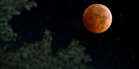 super lune chasseur sang rouge orange