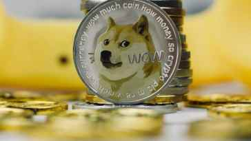 Un cadre de Goldman Sachs démissionne après avoir gagné des millions grâce au Dogecoin