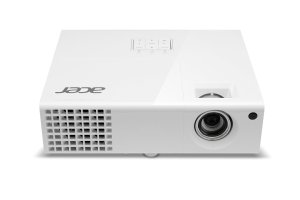 7.Acer H6510BD 3D Home Theater Projector