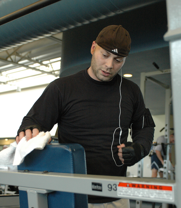 Gym etiquette and wiping down equipment