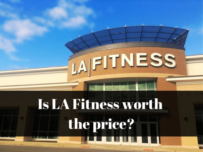 LA Fitness gym exterior
