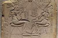 Akhenaten-Nefertiti