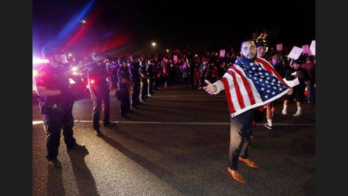 la-na-trump-rally-california-20160428-pictures-021