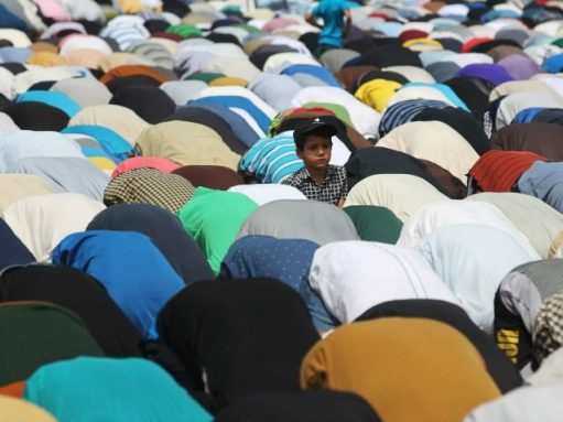 islamic-prayers-640x480