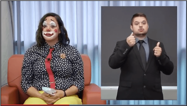 Oregon official dressed as clown