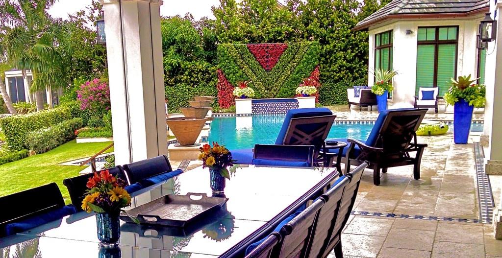 Best Green wall | Great Vertical garden in Miami Florida USA best example of Biophilic Design By Biophilic designer Jeffrey Allis