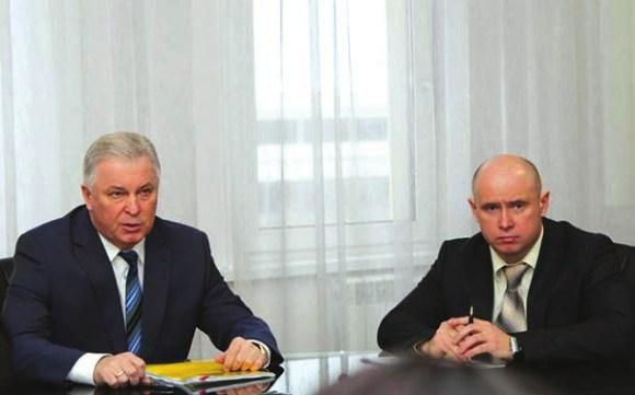 Слева — Вячеслав Наговицин, справа — Николай Мошкин (фото пресс-центра БГУ)