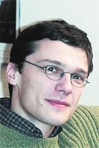 Ю. Махлин, членкор РАН, ИТФ