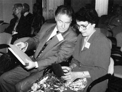 Супруги Сойферы в Праге после вручения В.Н. медали Грегора Менделя Чешской АН