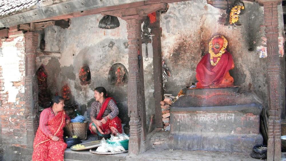 Народный любимец Хануман у Лакшми Нараян Саттала на Дворцовой площади Катманду. Фото Н. Неупокоевой, апрель 2011 года