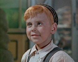 Виктор Коваль в детстве. Кадр из фильма «Дело Румянцева» (реж. Иосиф Хейфиц, 1955 год)