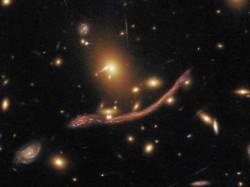 38_gravitational-lens