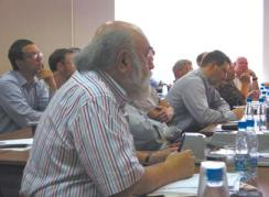 А.М. Вершик и другие участники конференции в ИППИ РАН, август 2009 г. (Фото Н. Деминой)
