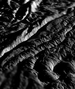 Тигровые полосы на южном полюсе Энцелада