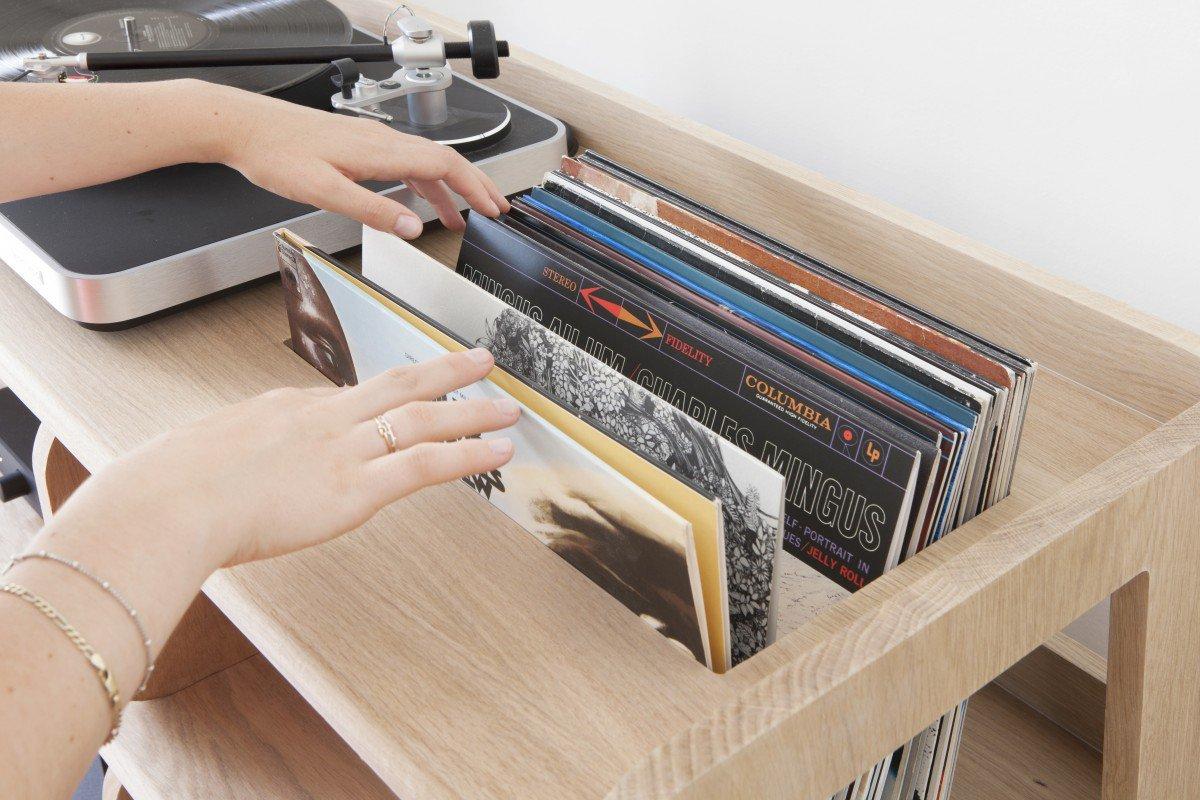 Meubles A Vinyles Ces Designers Francais Qui Concurrencent Le Kallax D Ikea