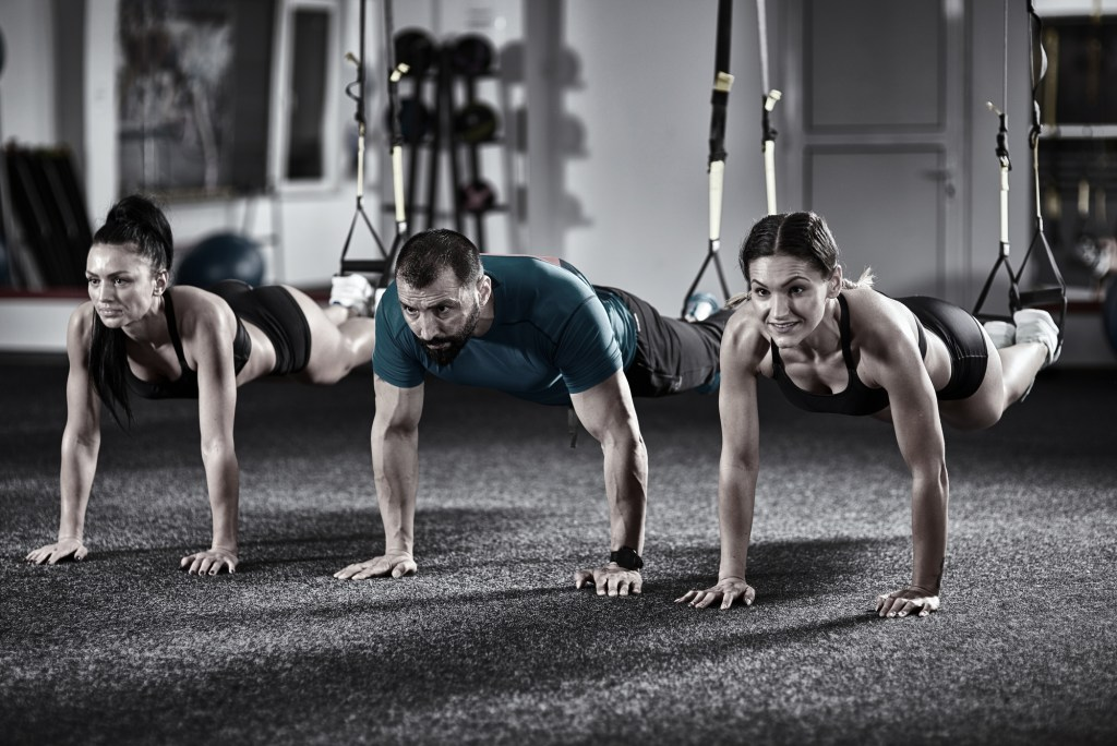 Crossfit vs Calisthenics Which Is The Right One For You