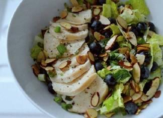 Cruncy Blueberry Chicken Salad