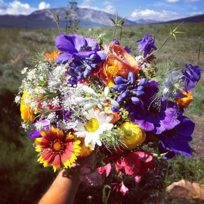 153799-how-to-make-wildflower-wedding-bouquets