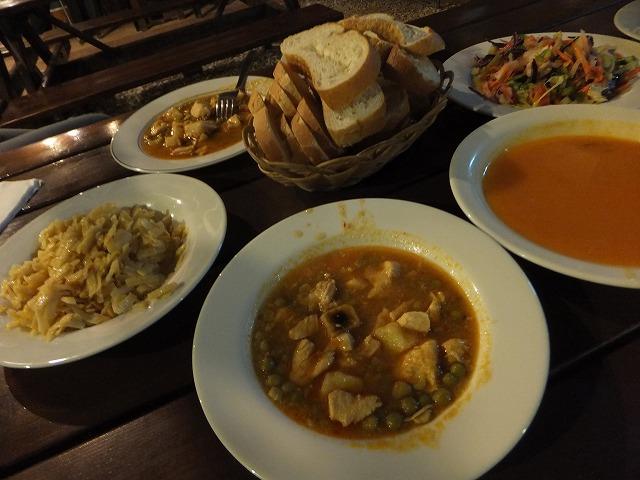 オリンポス最初の夜ご飯