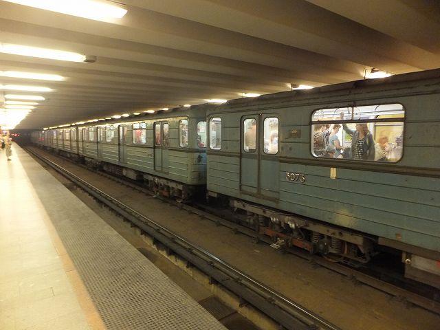 ハンガリーの地下鉄:共産主義の時代観がなんとなく・・・
