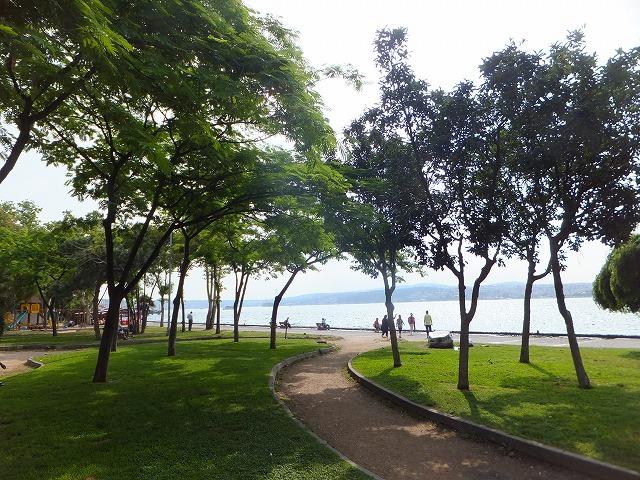 イスタンブールの海沿いの公園