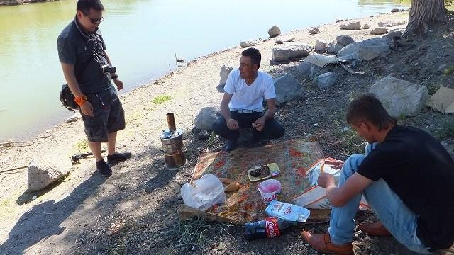 湖のほとりでバーベキュー inカッパドキア