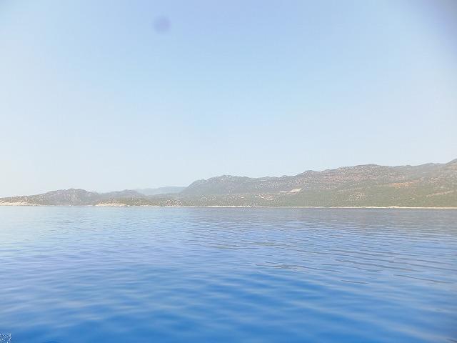 地中海、ボートから撮った写真